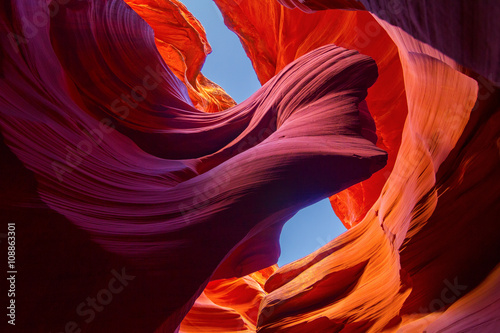 Spoed Foto op Canvas Canyon Lower Antelope Slot Canyon Arch