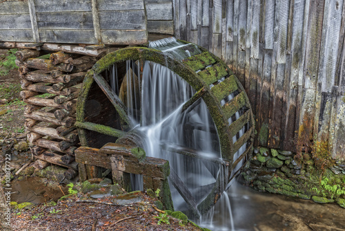 In de dag Molens Grist Mill Water Wheel In Cades Cove
