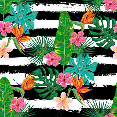 Materiał do szycia Lato bez szwu tropikalny wzór z egzotycznych kwiatów i palm pozostawia tło wektor. Idealny do Tapety, tła strony sieci web i tekstury powierzchni, deseniem włókienniczych