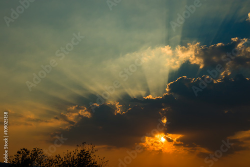 Fototapety, obrazy: Beautiful sky with clouds and sun rays