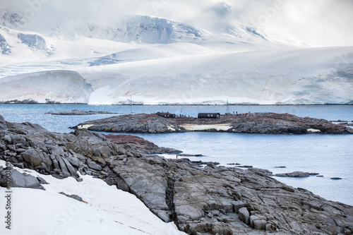 Foto op Canvas Antarctica Nature and landscapes of the coast Antarctica, beautiful rocks, ocean.