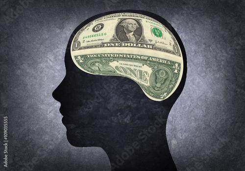 Fotografie, Obraz  Silueta de cabeza humana con cerebro de dólar americano