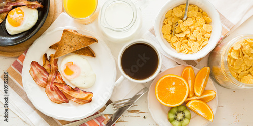 Fotografie, Obraz  Traditional american breakfast