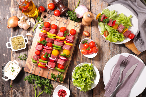 Photo sur Toile Grill, Barbecue raw beef,barbecue meal