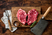 Heart Shape Raw Fresh Veal Mea...