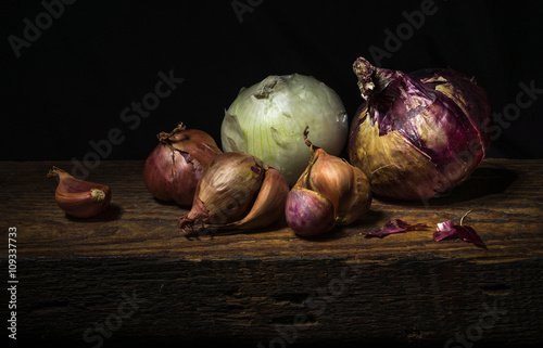 Fotografía  Still life with onions