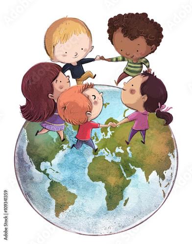 niños jugando con el mundo