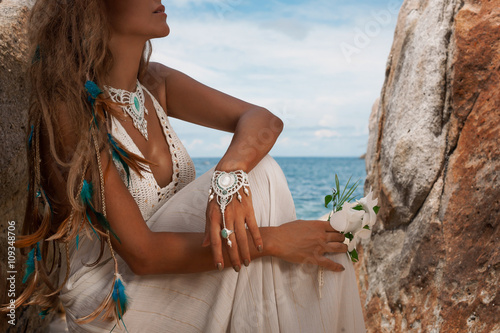 Fototapety, obrazy: young bride on the beach