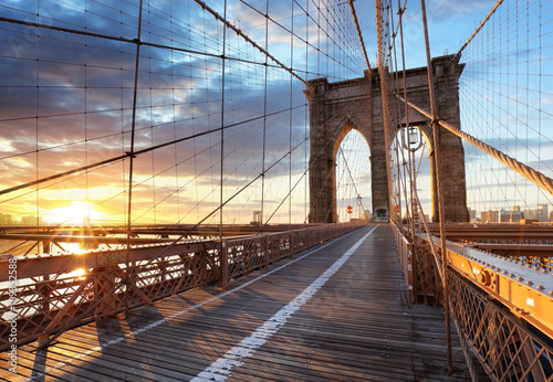 New York, Brooklyn bridge, Lower Manhattan, USA © TTstudio