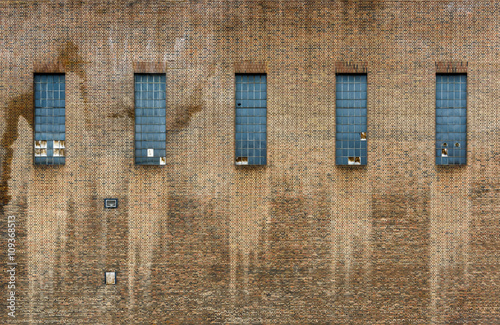 Staande foto Industrial geb. Old factory brick wall