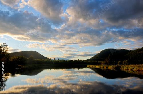 Printed kitchen splashbacks Reflection Pack River, Hope, Idaho
