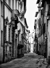 Fototapeta Enge Gasse w Italien