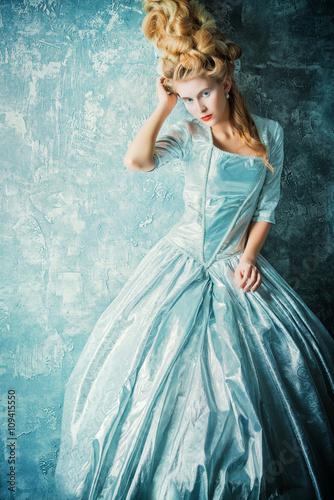 Foto  historical dress