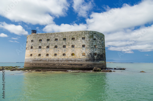 Fotobehang Vestingwerk Fort Boyard in the Strait of Antioshe, France