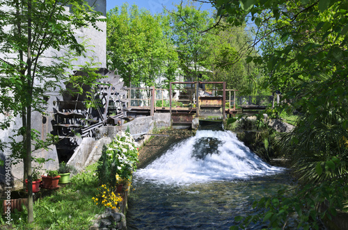 Stickers pour porte Moulins Wheel water mill in Reana del Rojale, Friuli, Italy