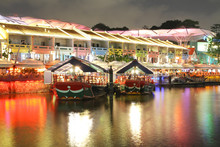 Night View At Singapore Clarke...