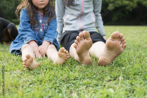 Fotografia  裸足の親子