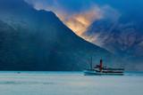 piękny sceniczny stary parowozowy łódź w wakatipu jeziornej królowej - 109557500