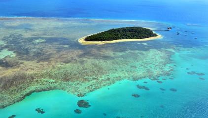 Pogled iz zraka na greben Green Islanda na Kraljici Velikog koraljnog grebena