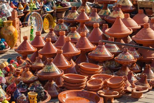 Staande foto Marokko Traditional Moroccan pottery in a street market