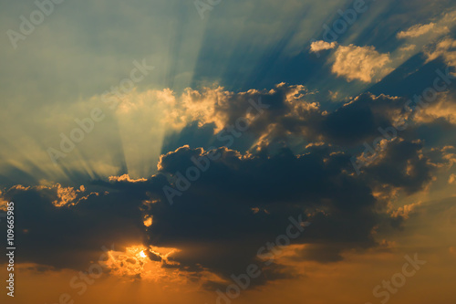 Fototapety, obrazy: Beautiful sky with clouds and sun rays at sunset