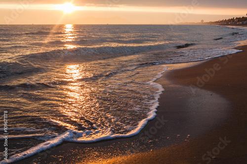 Sunset on Tyrrhenian sea in Terracina. Italy Canvas-taulu