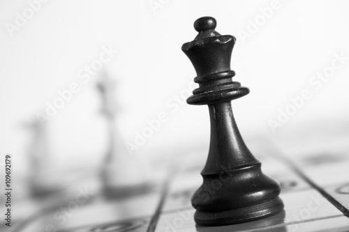 Photo  Scacchi fotografati su una scacchiera