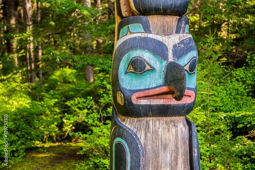 Native American Totem Canvas-taulu