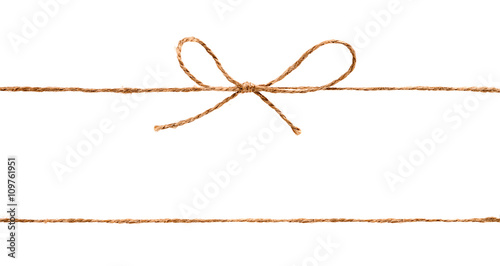 Fotografía  Rope and bow isolated on white background