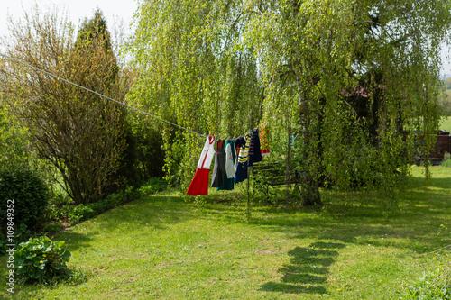 Fotografie, Obraz  Nostalgische Kinderwäsche auf der Leine