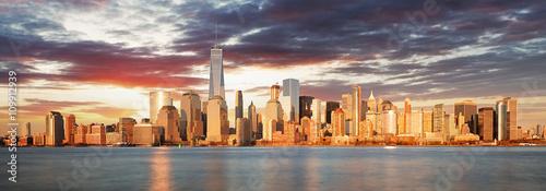 usa-nowy-jork-panorama-o-wschodzie-slonca