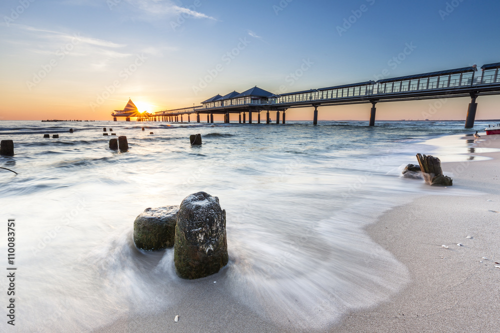 Fototapety, obrazy: Seebrücke von Heringsdorf auf der Insel Usedom