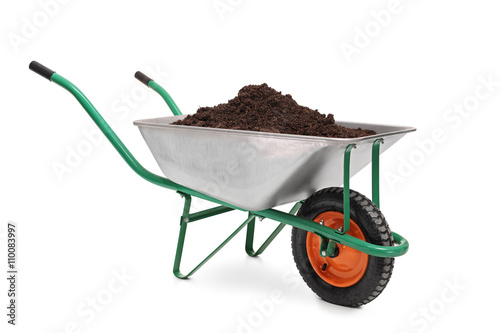 Pinturas sobre lienzo  Studio shot of a wheelbarrow full of dirt