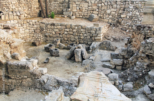 Photo  Excavated archeological ruins of the Pool of Bethesda and Byzantine Church