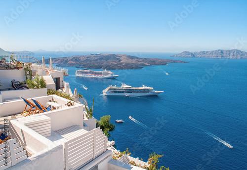 Tuinposter Santorini White architecture on Santorini island, Greece, Europe. Beautiful view on the sea. Summer concept.