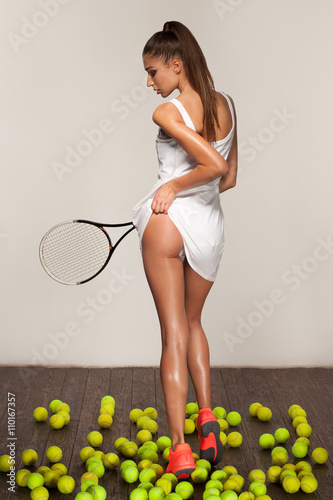 beautiful fitness sexy woman, tennis player with racket Tableau sur Toile