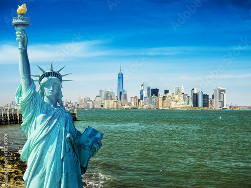 Foto op Aluminium New York new york cityscape, tourism concept photograph statue of liberty, lower manhattan skyline