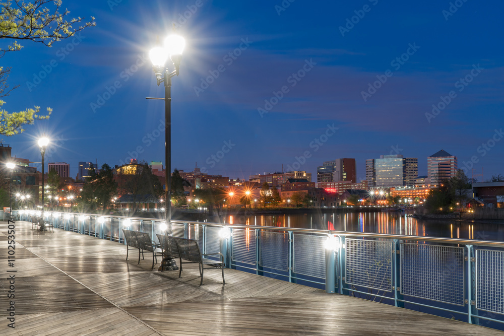 Fototapety, obrazy: Wilmington Delaware Riverfront at Night