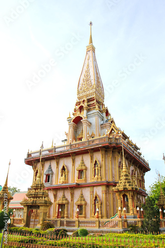 Staande foto Temple Pagoda in Wat Chalong or Chaitharam Temple, Phuket, Thailand.