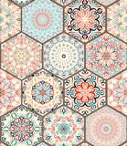 Das Ornament der Farben und der Formen