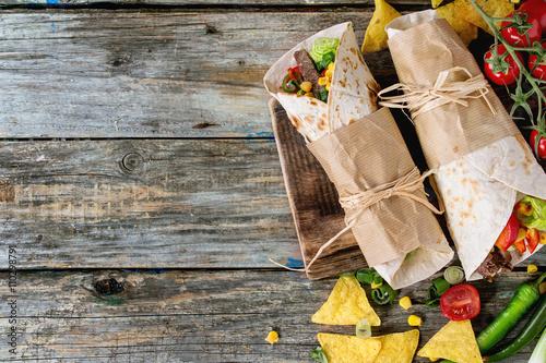 Vászonkép  Tortillas and nachos