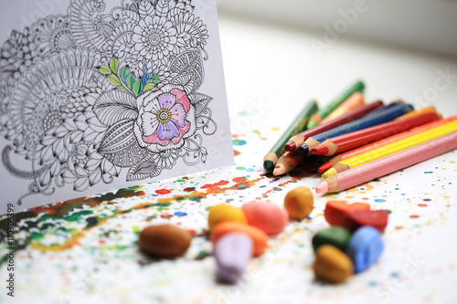 Fotografía  Art and Color Therapy. Anti Stress Adult coloring book.