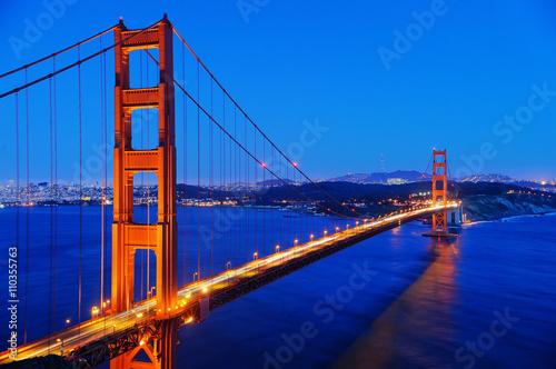 Spoed Foto op Canvas Groen blauw Famous Golden Gate bridge