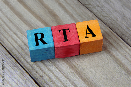 Photo RTA (Renal Tubular Acidosis) acronym on wooden background