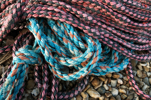 Foto op Aluminium Afrika Nylon rope laying on the beach at Dungeness