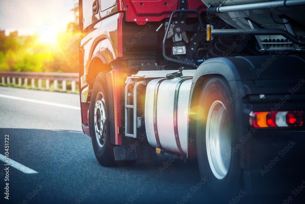 Fototapety, obrazy: Semi Truck on a Highway