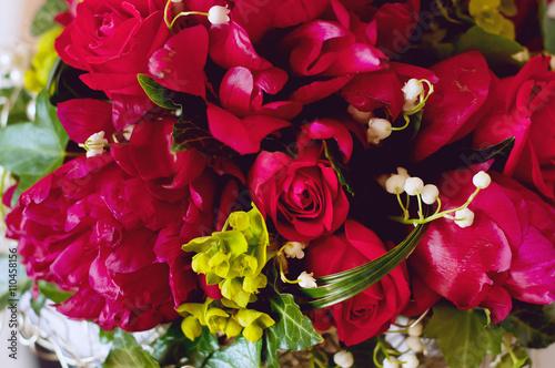 Poster Muguet de mai Fresh bridal bouquet. Red summer flowers.
