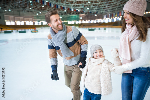 Poster Glisse hiver Smiling family