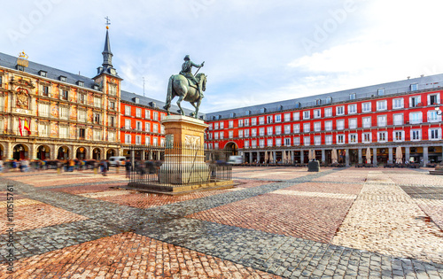 Poster Madrid Plaza Mayor with statue of King Philips III in Madrid, Spain.