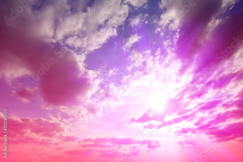 Foto op Aluminium Candy roze Colorful sky with clouds at sunset. Nature background.